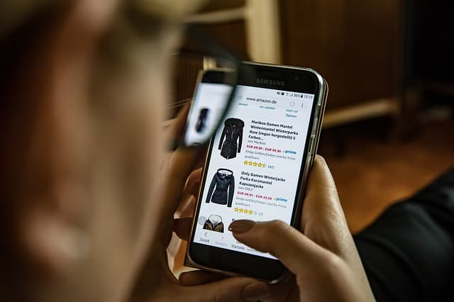 Mobile phone user shopping online - Image by Hannes Edinger from Pixabay